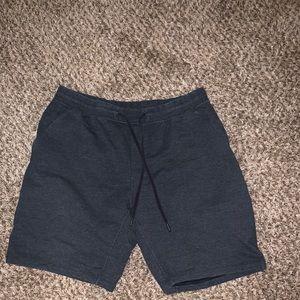Lululemon athletic pants shorts size XXL